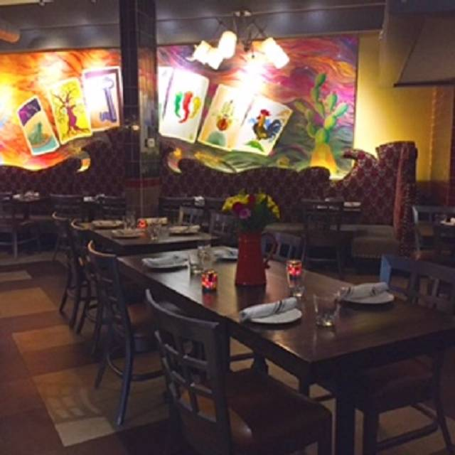 Amuleto Mexican Table Waltham Restaurant Info Reviews Photos Kayak