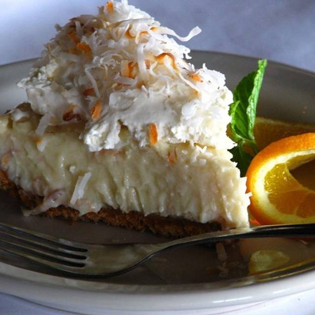 Lefty's Coconut Cream Pie - Lefty's Lobster and Chowder House, Addison, TX
