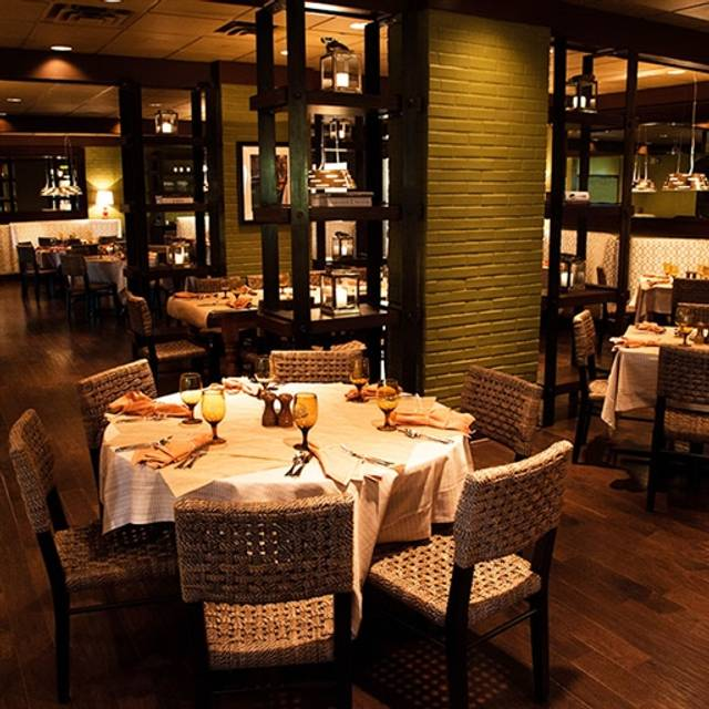 Italian Restaurant, Palm Beach, FL