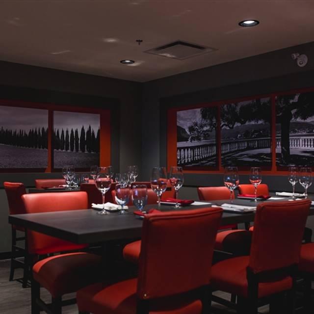 permanently closed vivo ristorante downtown restaurant. Black Bedroom Furniture Sets. Home Design Ideas