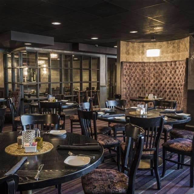 Café Napoli, Clayton, MO