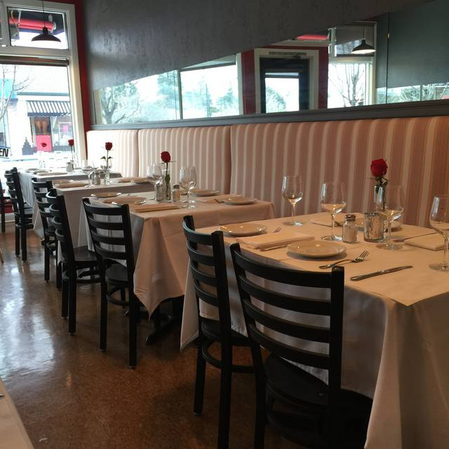 Jaguar Restaurant - Sa...