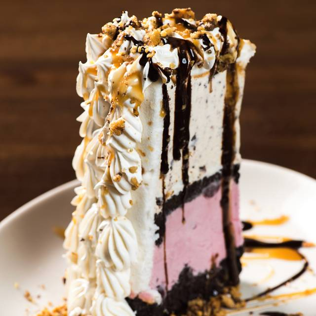 The World's Greatest Dessert - Malone's Prime Beef Steakhouse  - Lansdowne, Lexington, KY