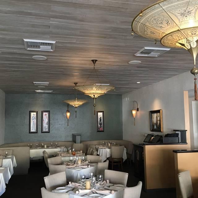 Vigiluccis-cucina - Vigilucci's Cucina Italiana, Carlsbad, CA