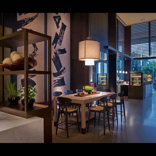 Grand Hyatt Hong Kong Grand Cafe Dinner Buffet Price