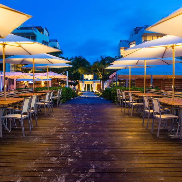 Zest At Gansevoort Turks And Caicos