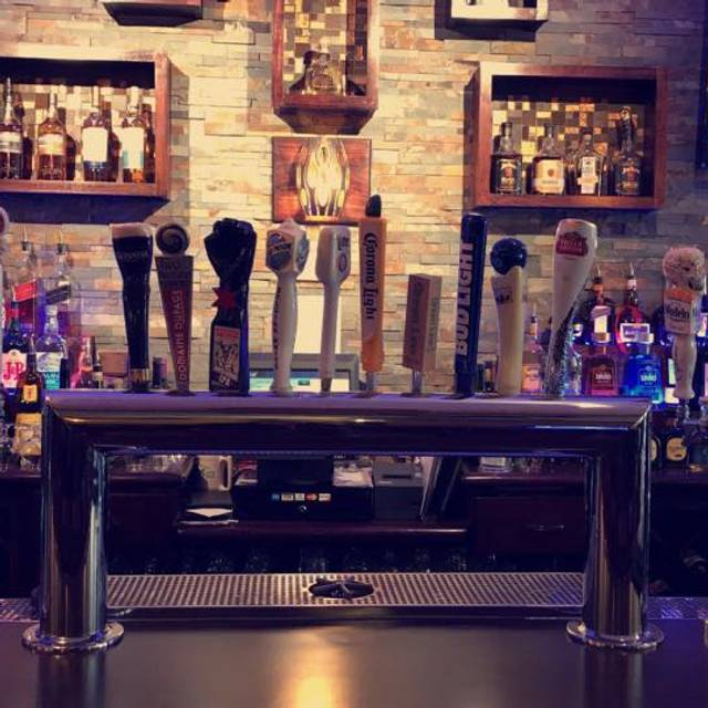 The Crazy Fox Bar & Grille, St. Charles, IL
