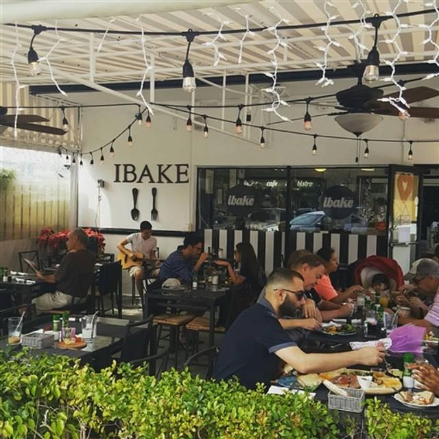 iBake Cafe & Bistro, Boca Raton, FL