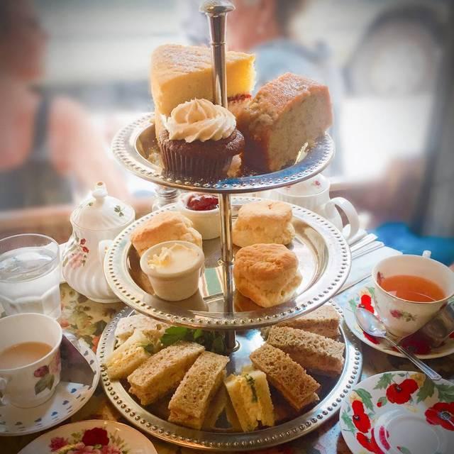 Afternoon Tea - Tea & Sympathy, New York, NY
