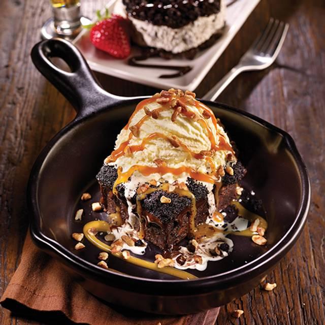 Dessert Brownie - TGI FRIDAYS - DFW Airport C-30, Dallas, TX