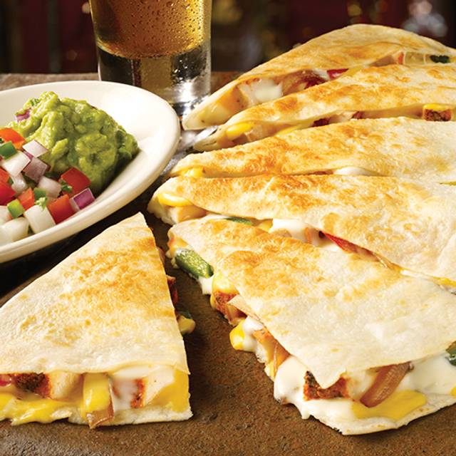 Chicken Quesadilla - TGI FRIDAYS - Potomac Mills, Woodbridge, VA