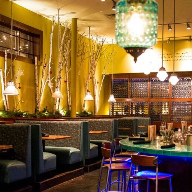 Bluestem Holiday Decor - French Meadow Cafe & Bluestem Bar, Minneapolis, MN