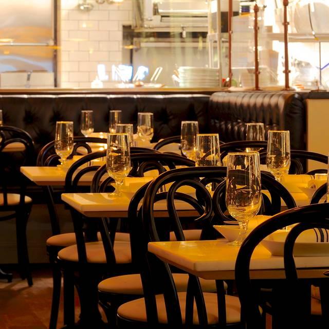 Blue Seafood Bar, New York, NY