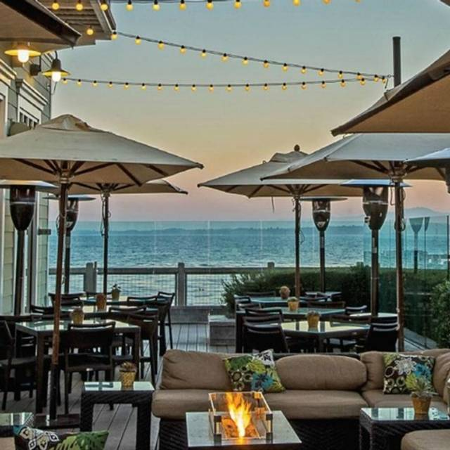 the C restaurant + bar, Monterey, CA