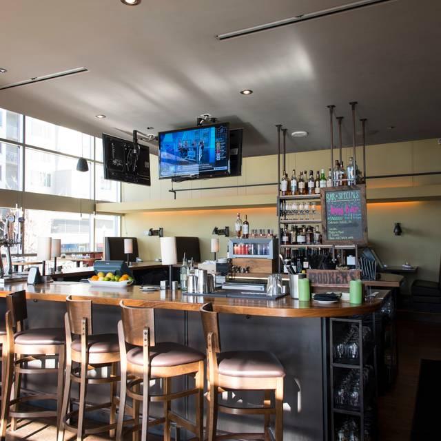 Bar - Coohills, Denver, CO