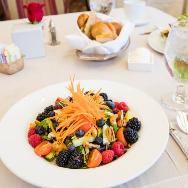 Superfood Salad - Ellyngton's at the Brown Palace, Denver, CO