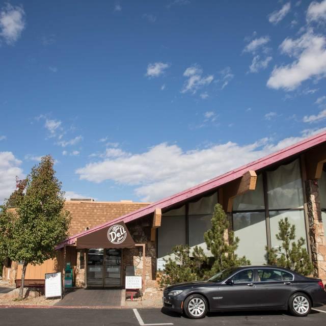 New York Deli News Restaurant - Denver, CO