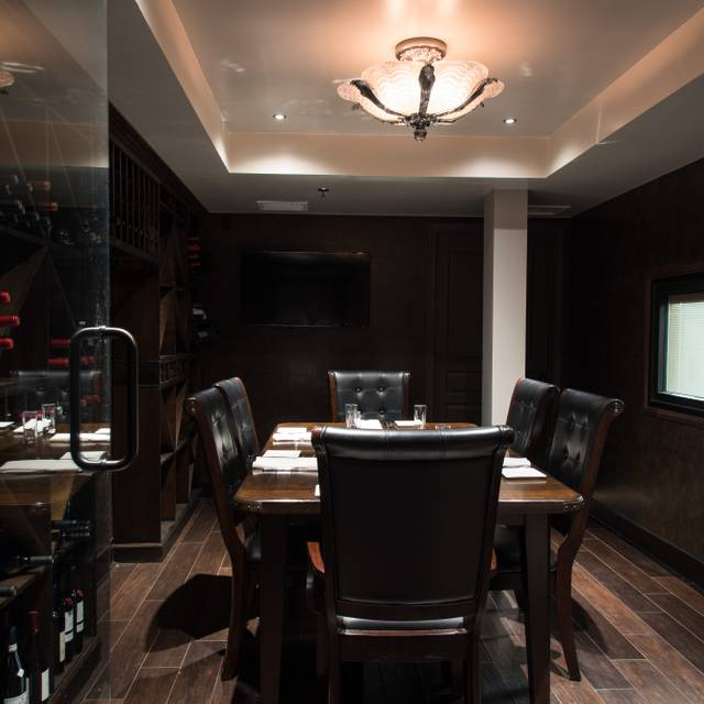 Dining Room - Milk & Honey Bar Kitchen, Denver, CO