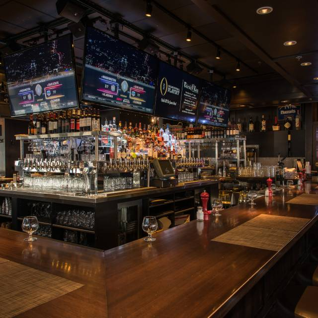 Bar - Thirsty Lion Gastropub & Grill – Denver, Denver, CO