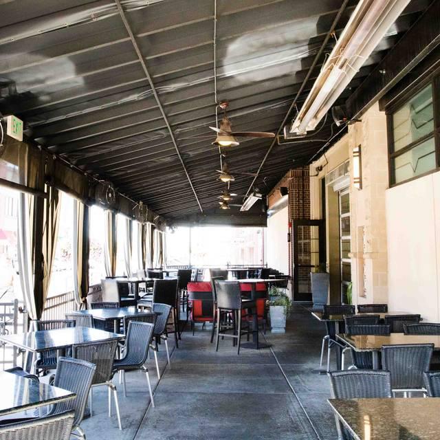 Patio - Hodson's Bar and Grill - Southglenn, Centennial, CO