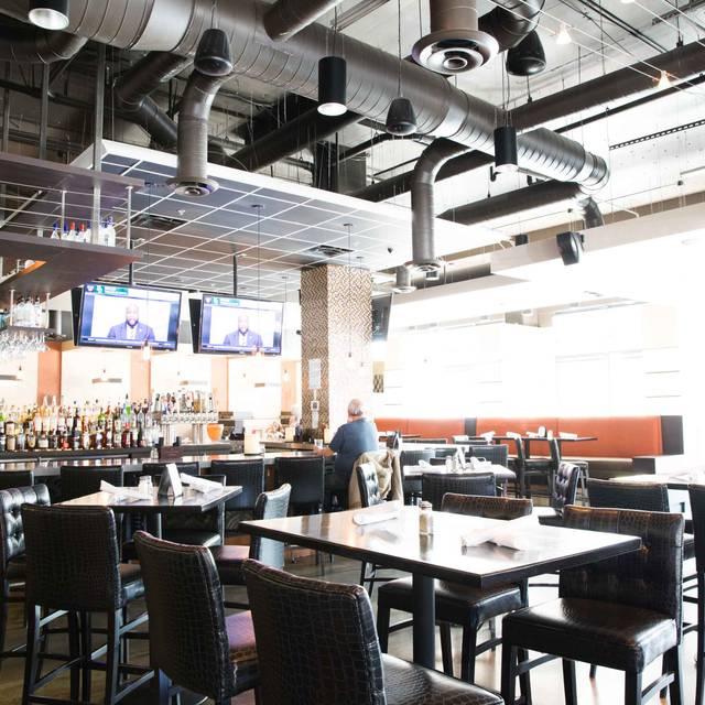 Bar - Hodson's Bar and Grill - Southglenn, Centennial, CO