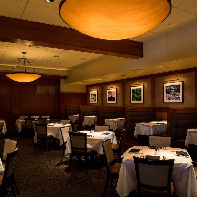Dining Room - Elway's Cherry Creek, Denver, CO