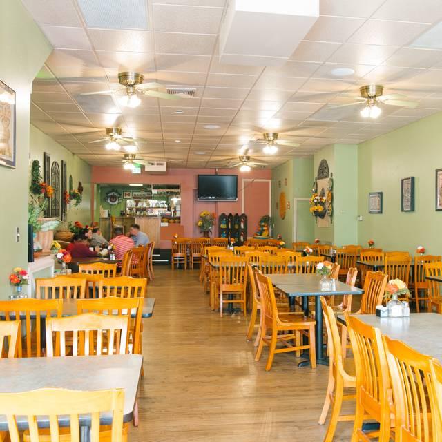 Dining Room - El Noa Noa Restaurant, Denver, CO