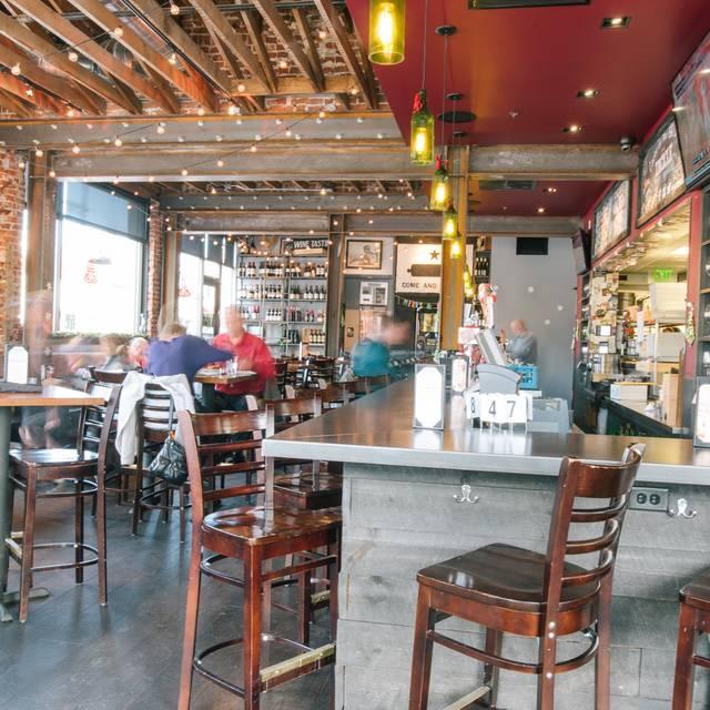 Dining Room - MAX's Wine Dive Denver – Sherman St., Denver, CO