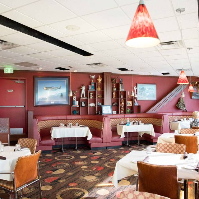 The Perfect Landing Restaurant Englewood Co Opentable