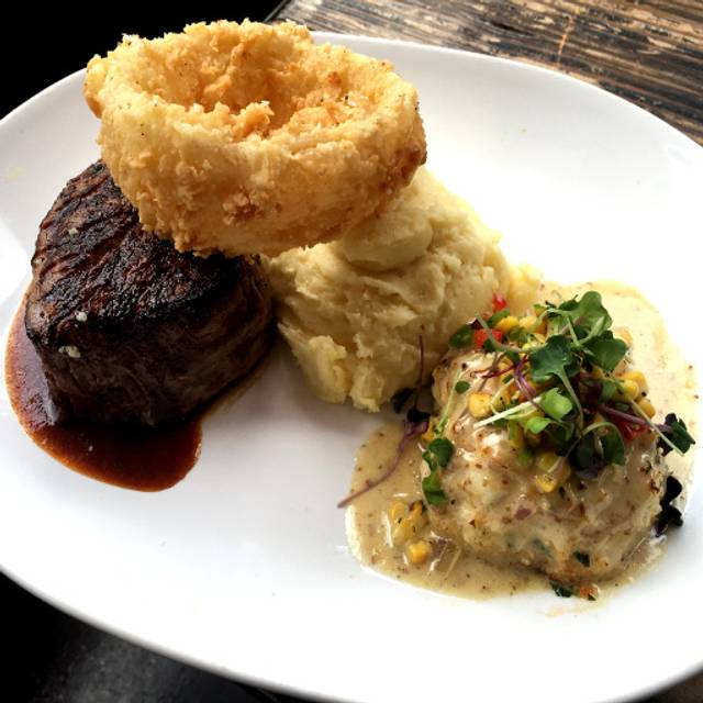 Filet Mignon With Jumbo Lump Crab Cake - Ray's at Killer Creek, Alpharetta, GA