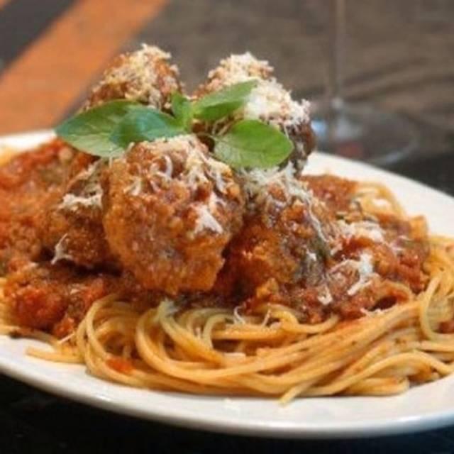 Spaghetti E Polpette Angelina Restaurant Green Bay Wi