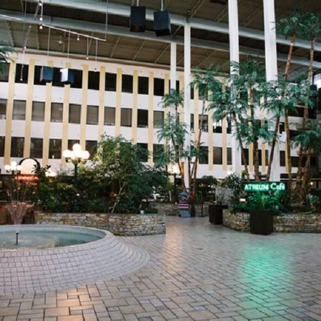 Atrium Restaurant - Radisson Edmonton, Edmonton, AB