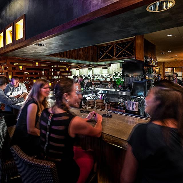 Bar - Dragonfly - Robata Grill & Sushi, Orlando, FL
