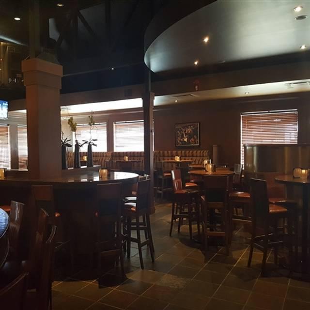 The Keg Steakhouse + Bar - Macleod Trail, Calgary, AB
