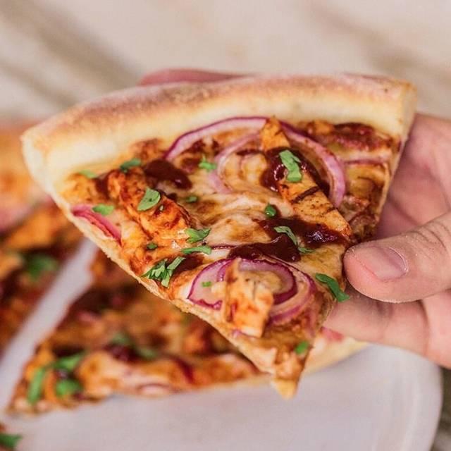 California Pizza Kitchen - Oak Brook - PRIORITY SEATING Restaurant ...