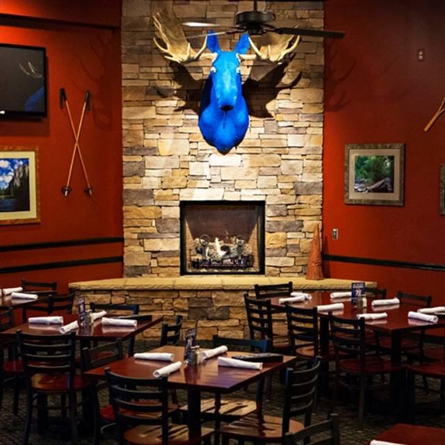 Blue Moose - Lenexa, Lenexa, KS
