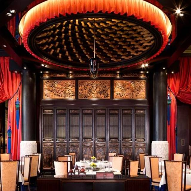 lili the peninsula paris restaurant paris paris opentable. Black Bedroom Furniture Sets. Home Design Ideas