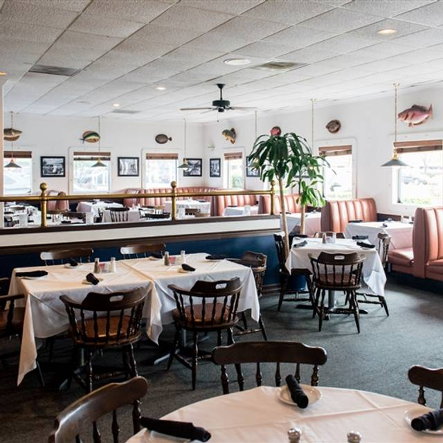 Christie's Seafood & Steaks, Houston, TX