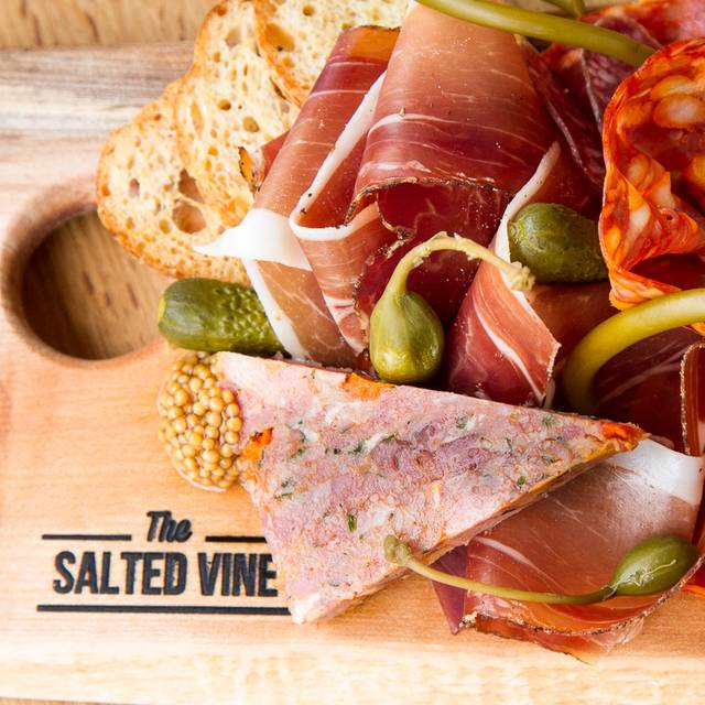 The Salted Vine - The Salted Vine Kitchen + Bar, Squamish, BC