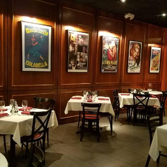 Luigi Di Roma Dining Room Deerfield Beach Fl
