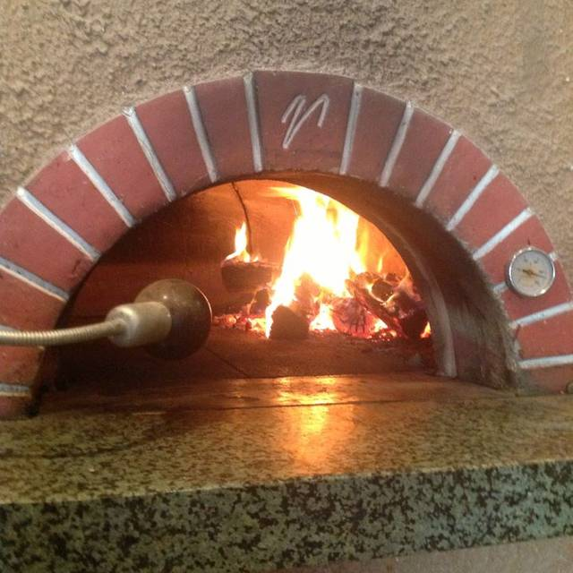 Pazza Pizza, Ascot Vale, AU-VIC