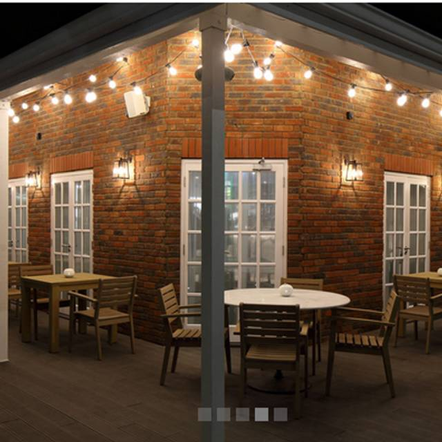 St. Villa Bar and Restaurant, St. Albans, Hertfordshire