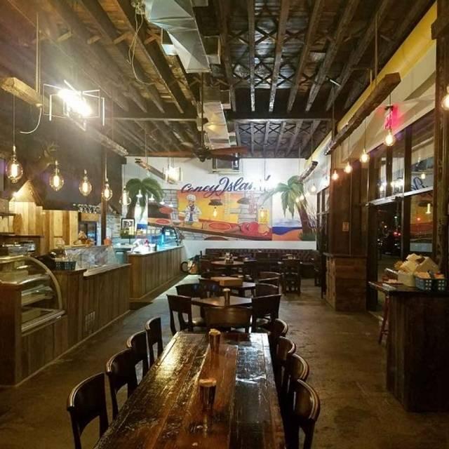 Italian Foods Near Me: Surf City Pizzeria Restaurant - Brooklyn, NY