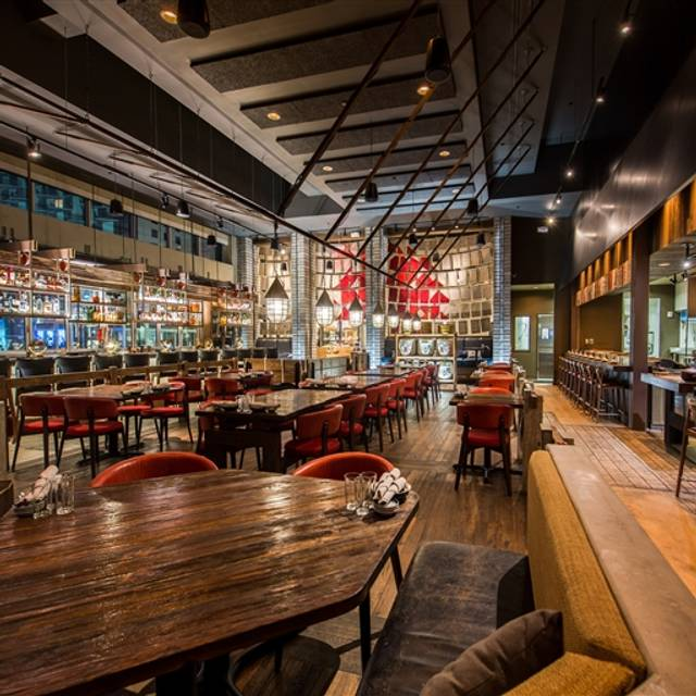 Dragonfly izakaya and fish market doral doral miami for Fish market miami