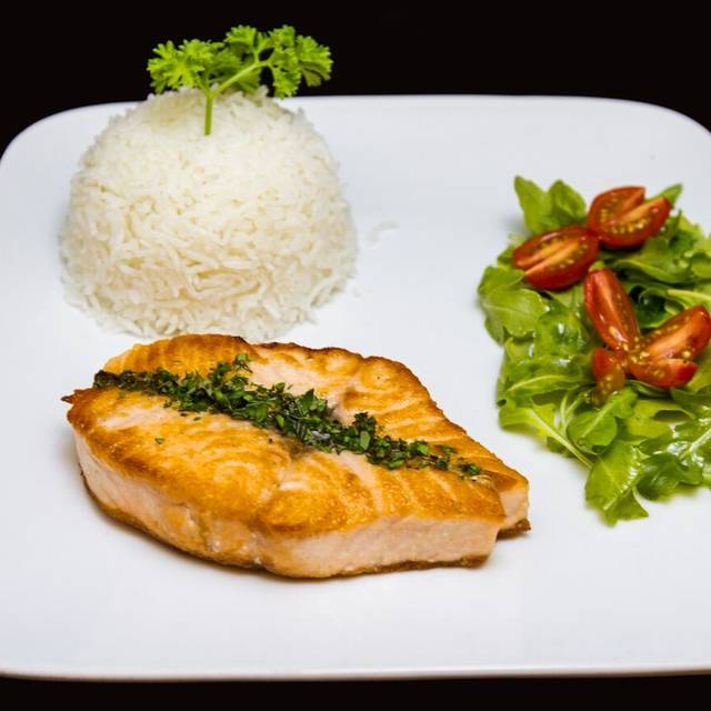 Crusted salmon - La Ruota, Doral, FL