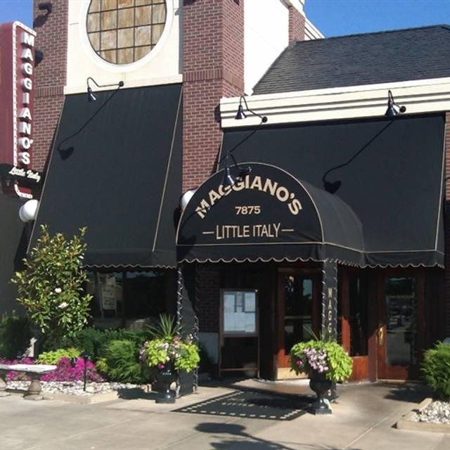 Maggiano's - Cincinnati, Cincinnati, OH