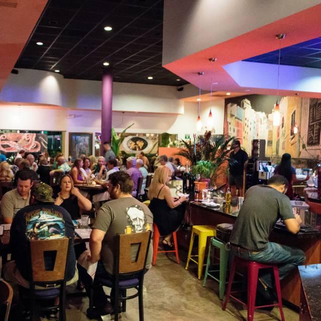 Cinque Terre Italian Restaurant, Davie, FL
