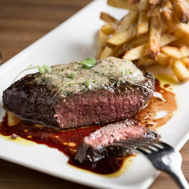 Steak Frites - Gemini, Chicago, IL