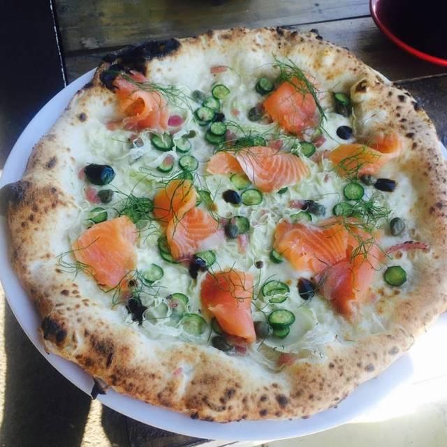 Altro Pizza + Caffe, Williamstown, AU-VIC