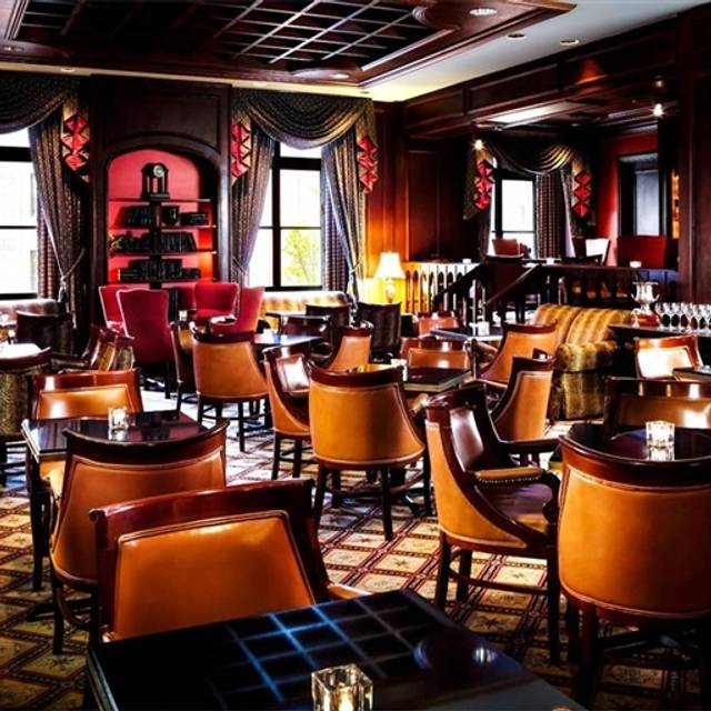 library bar fairmont royal york toronto on opentable. Black Bedroom Furniture Sets. Home Design Ideas